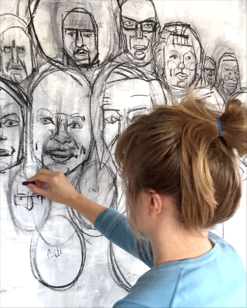 Gwenn Seemel drawing faces in charcoal